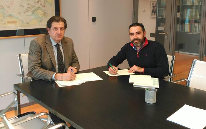 Acuerdo de Colaboración con la Fundación de Caja Rural para las categorías base.